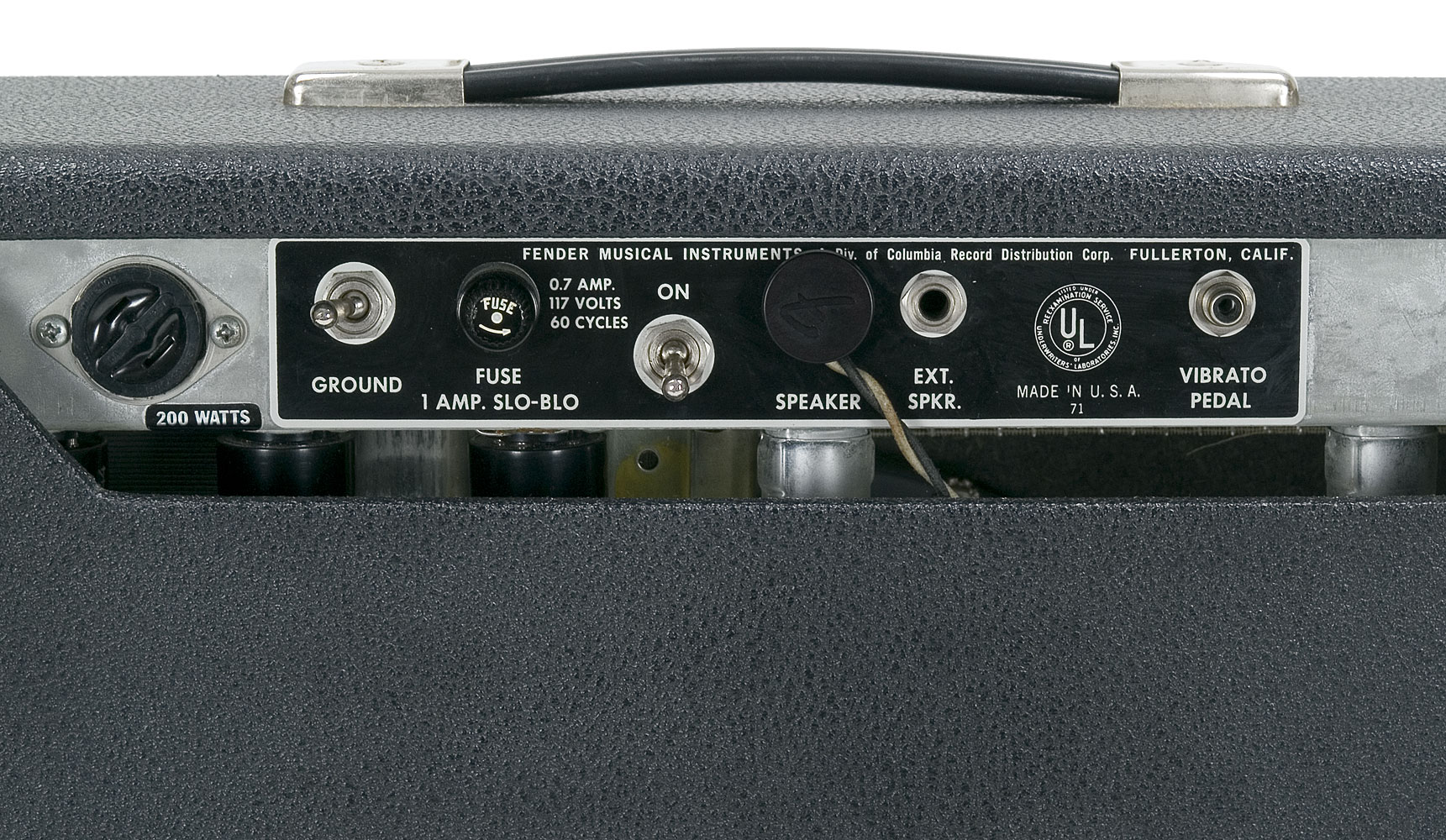 The Back Panel Of These Amps Had A 1 4 Plug For Speaker And Another Input An External They Were Also Equipped With Inputs
