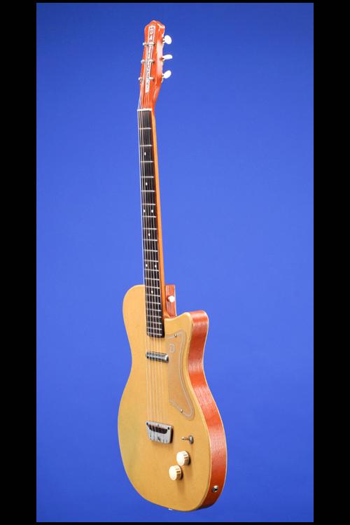 Guitars Fretted Americana Inc