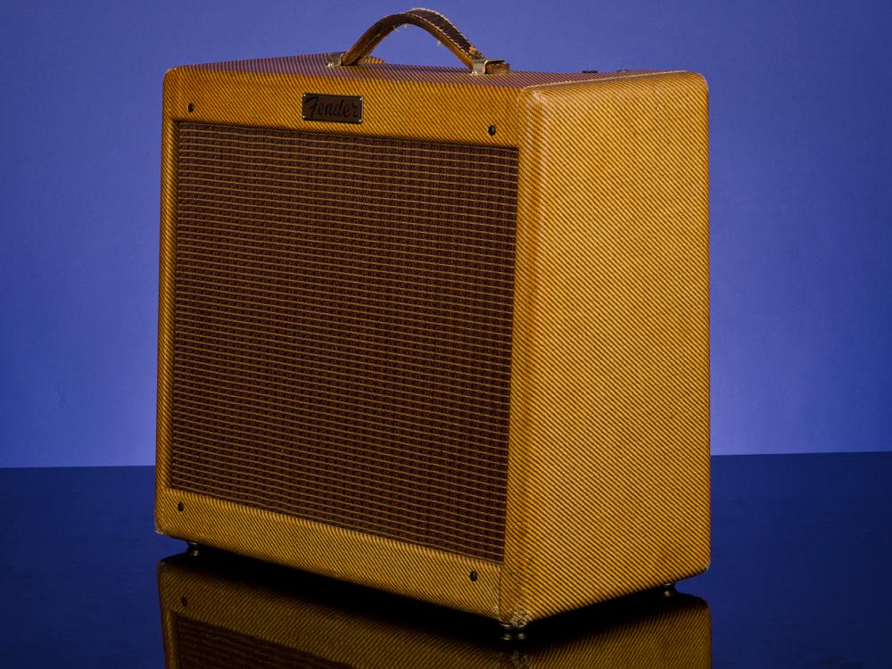 Princeton Model SF2-A (Narrow Panel) Amplifiers | Fretted Americana Inc.